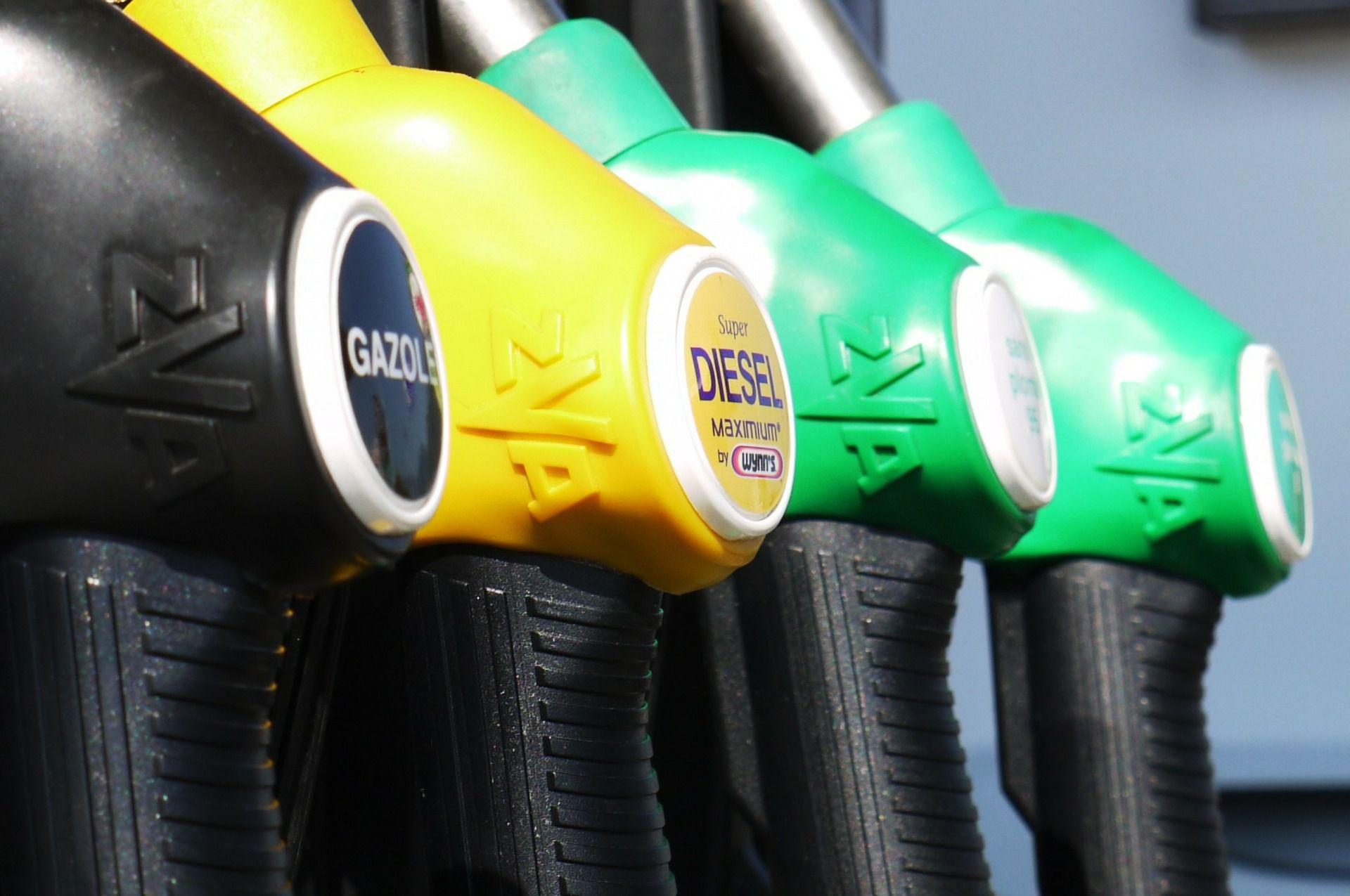 Jak odzyskać część kosztów związanych z tankowaniem paliwa?