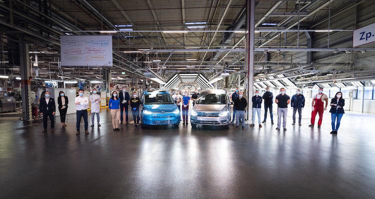 Zmiana warty: Volkswagen Caddy 4 przekazuje pałeczkę swojemu następcy w zakładzie Volkswagen Poznań