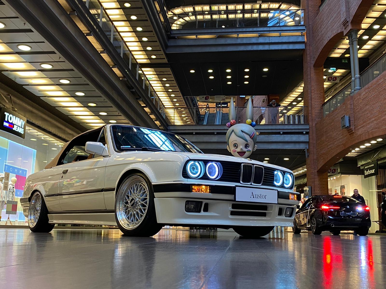 Stare kontra nowe, czyli dwa wyjątkowe BMW w Starym Browarze