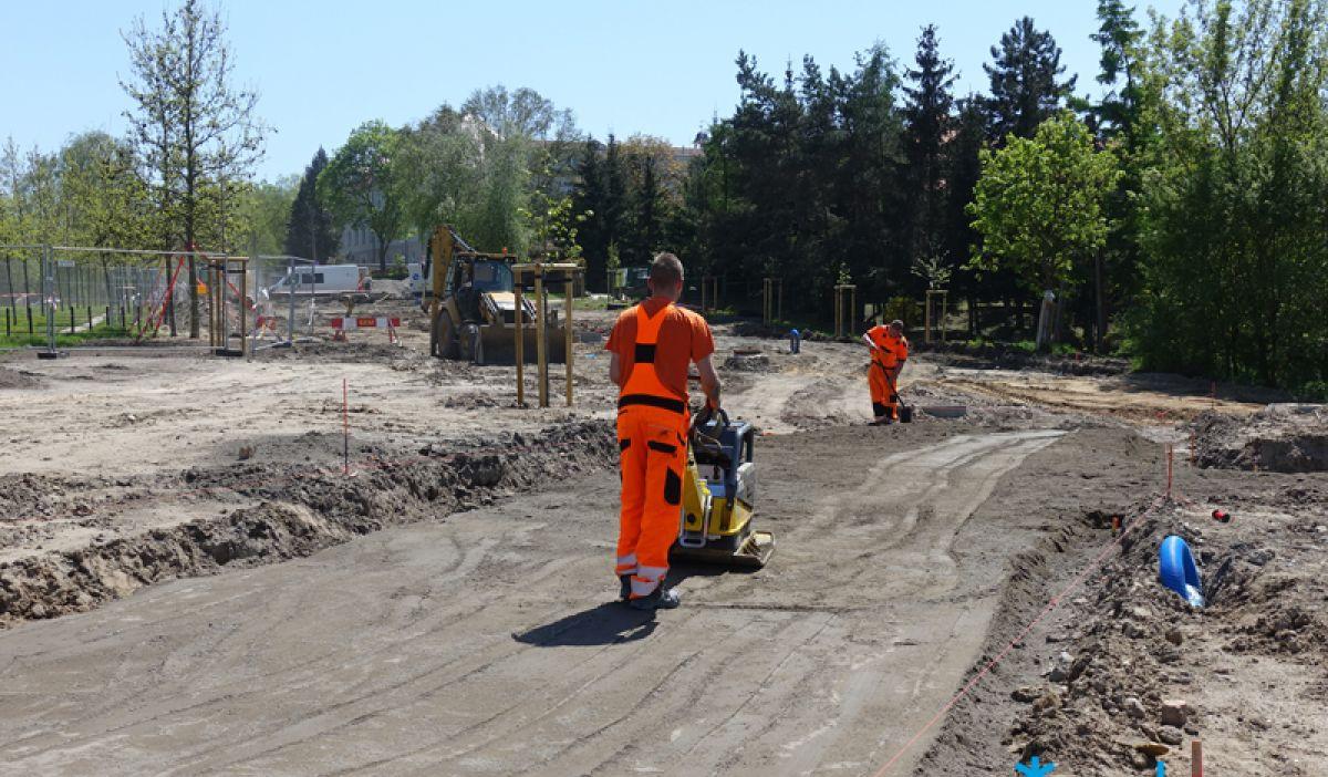 Trwają prace przy przebudowie ul. św. Rocha. Potrwają jeszcze kilka miesięcy
