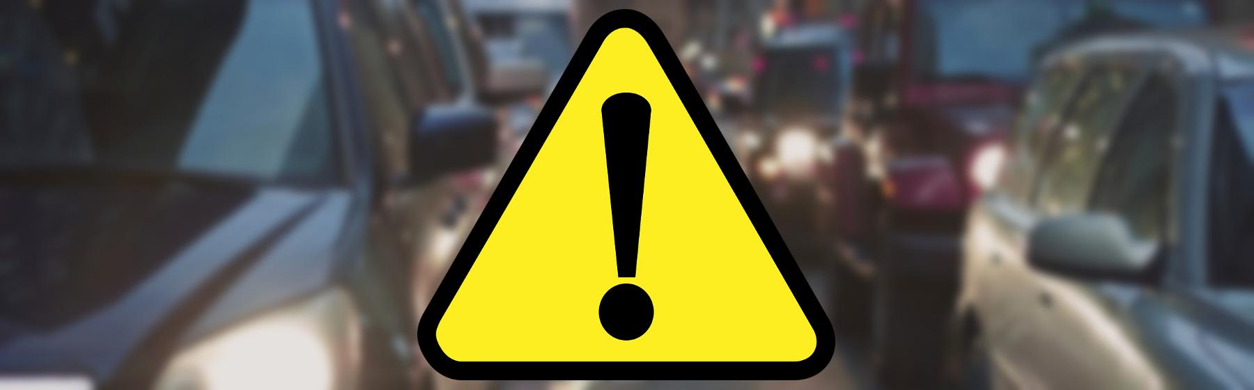 Zderzenie samochodu z ciężarówką na wjeździe do Lubonia – utrudnienia w ruchu