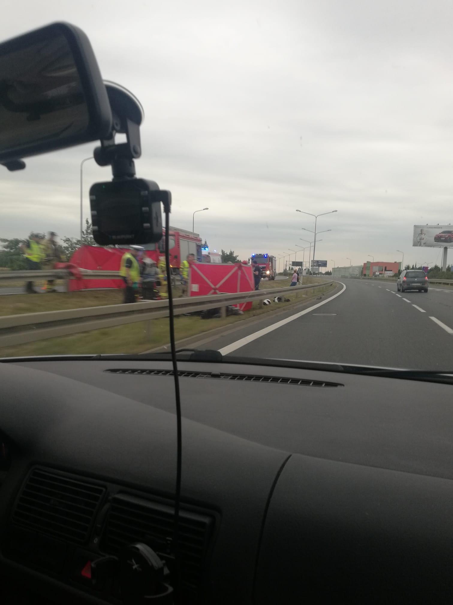 Tragiczny wypadek motocyklisty w Komornikach.