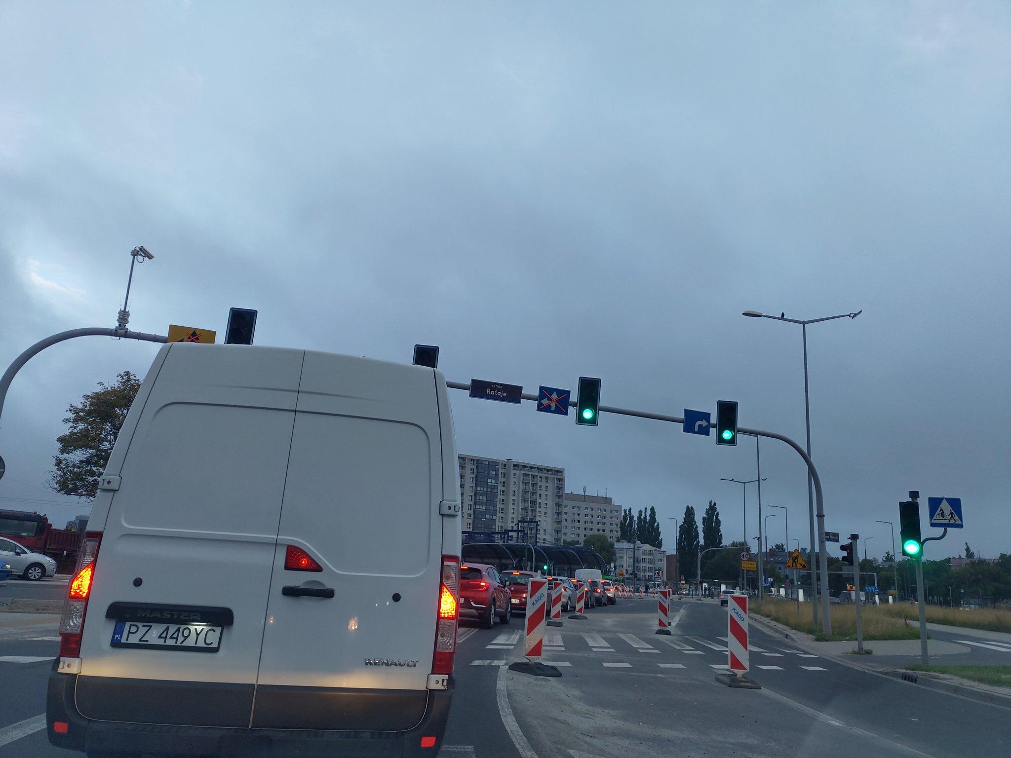 Poranne korki na ulicach Poznania i S11