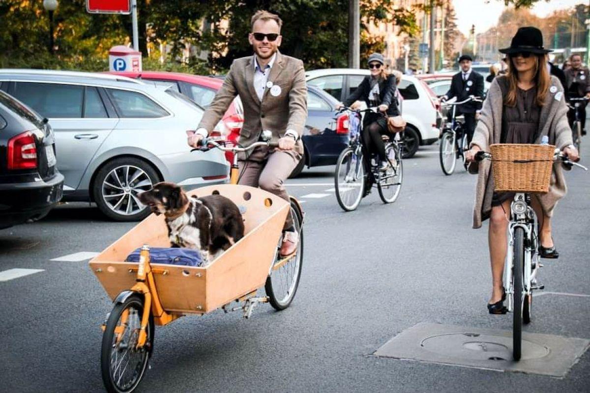 Tweed Ride na ulicach Poznania – czasowe utrudnienia w ruchu kołowym