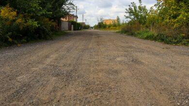 Gruntowe drogi powoli znikają z Poznania. Nową nawierzchnię zyska kolejna
